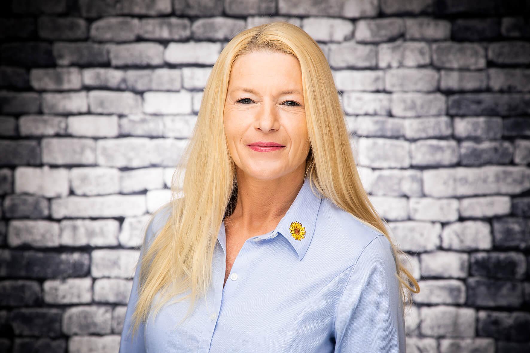 Mitarbeiterin Daria Auferkamp bei dem Pflegedienst Sonnenblume