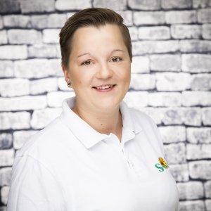 Mitarbeiterin Claudia Lysien bei dem Pflegedienst Sonnenblume
